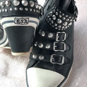 Ash sneakers studded and leather